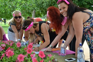 Teams get groovy with grapes on Hunter Valley Team Building Treasure Hunt