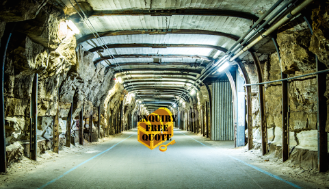 Cockatoo Isalnd Treasure Hunt Through Tunnels to Treasure Chest